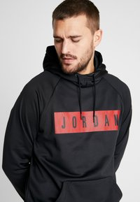 Jordan - 23 ALPHA - Bluza z kapturem - black/gym red - 4
