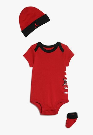 AIR HAT BODYSUIT BOOTIE SET  - Bonnet - gym red