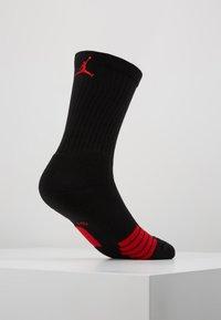 Jordan - CREW NBA - Skarpety sportowe - black/university red - 0