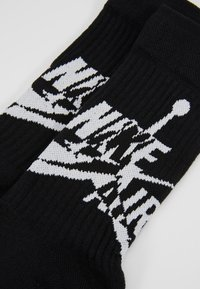 Jordan - LEGACY CREW JUMPMAN CLASSIC - Sportovní ponožky - black/white - 2