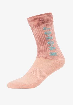 LEGACY SPORT DNA - Skarpety sportowe - storm pink/canyon pink/light aqua