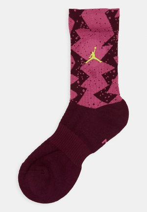 LEGACY CREW POOLSIDE - Sports socks - bordeaux/cosmic fuchsia/cyber