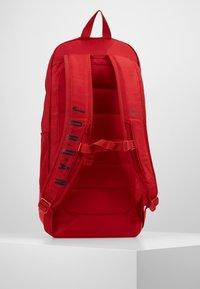 Jordan - FLUID PACK - Ryggsäck - gym red - 2