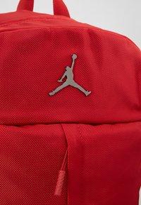 Jordan - FLUID PACK - Ryggsäck - gym red - 6