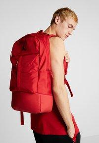 Jordan - FLUID PACK - Ryggsäck - gym red - 1