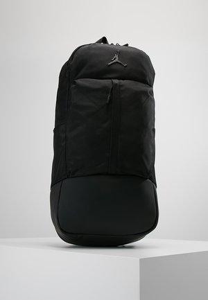 FLUID PACK - Reppu - black