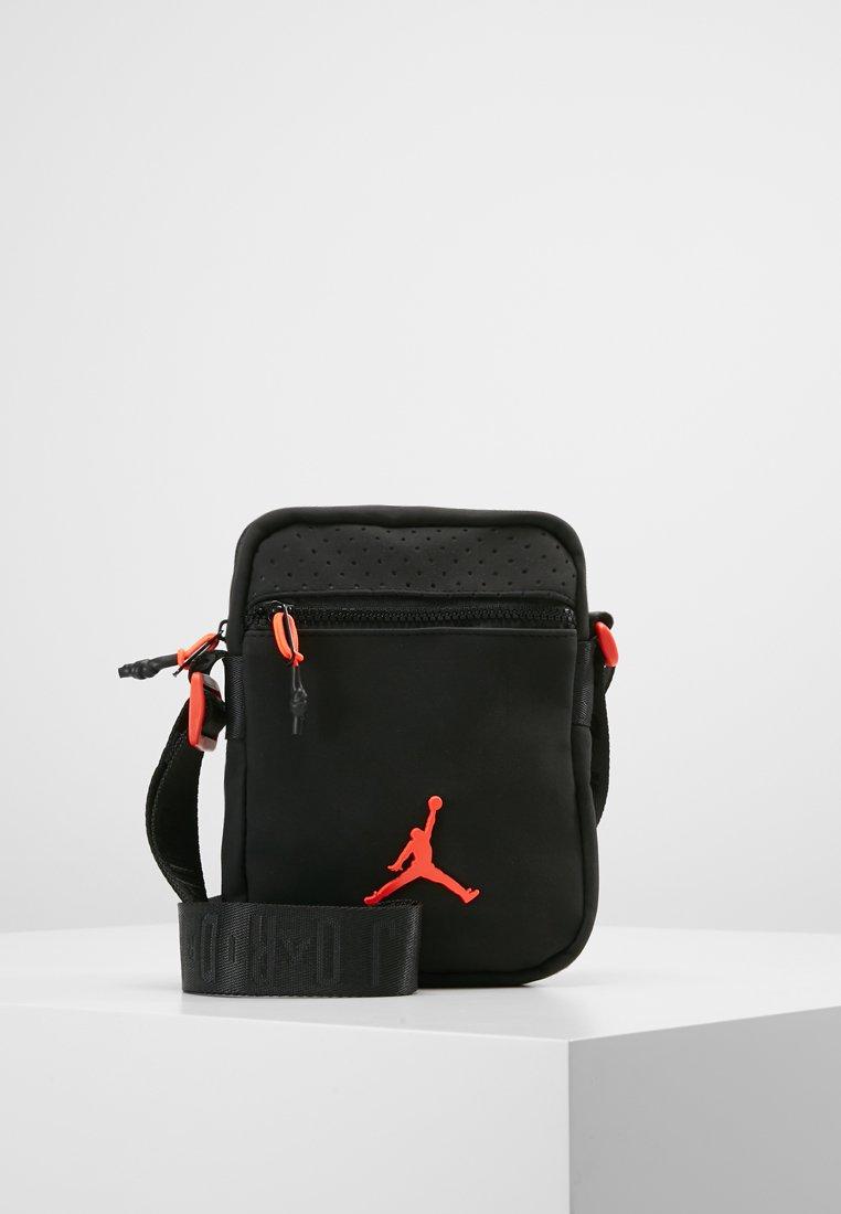 Jordan - RETRO FESTIVAL BAG - Across body bag - black/gym red