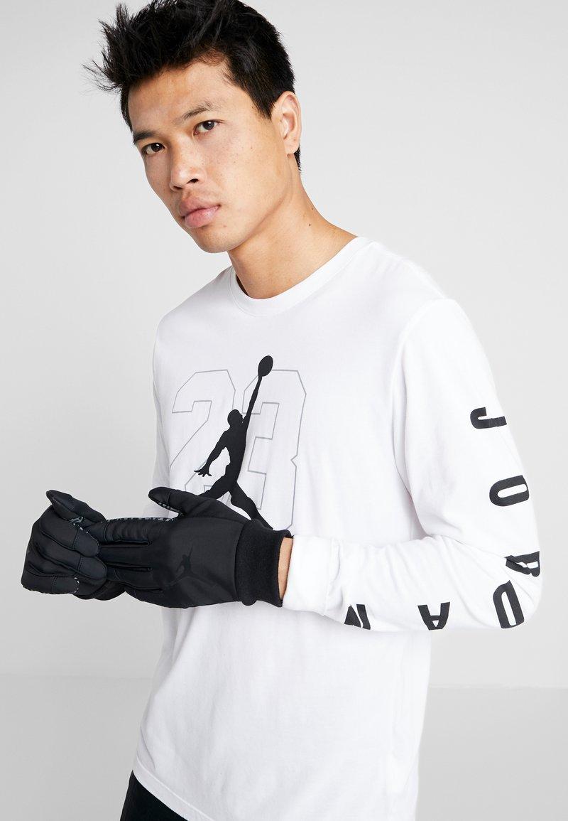 Jordan - SHIELD GLOVES - Fingerhandschuh - black/dark grey/gym red