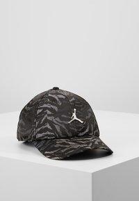 Jordan - CAMO - Cap - black - 0