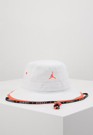 BUCKET JUMPMAN - Chapeau - white/infrared