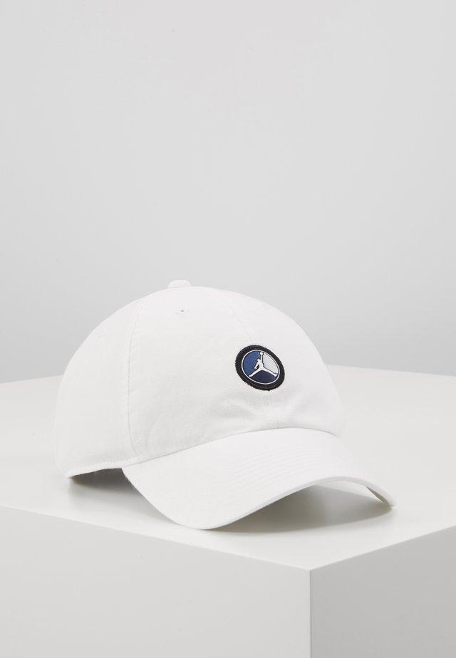 REMASTER PATCH - Lippalakki - white