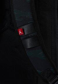 Jordan - ALIAS PACK - Reppu - black/olive - 5