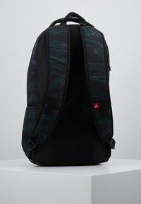 Jordan - ALIAS PACK - Reppu - black/olive - 0