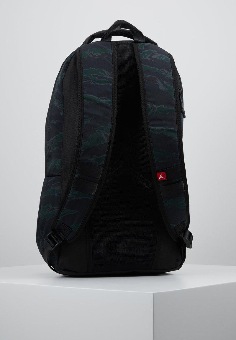 Jordan - ALIAS PACK - Reppu - black/olive