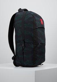Jordan - ALIAS PACK - Reppu - black/olive - 2