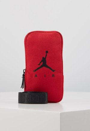 AIR LANYARD POUCH - Lompakko - gym red