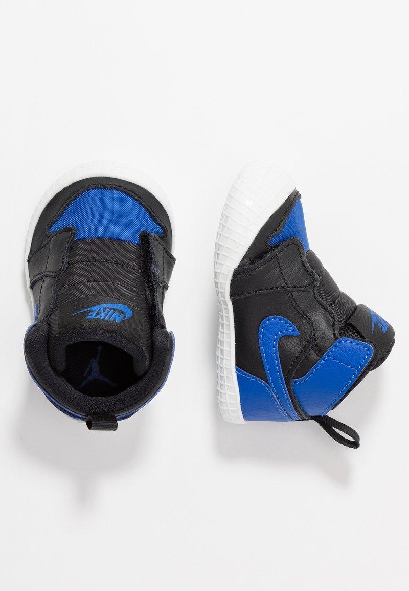 Jordan - 1 CRIB - Basketball shoes - black/varsity royal/white