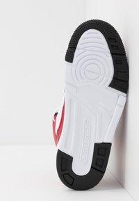 Jordan - MAX AURA - Basketbalové boty - gym red/black/white - 5