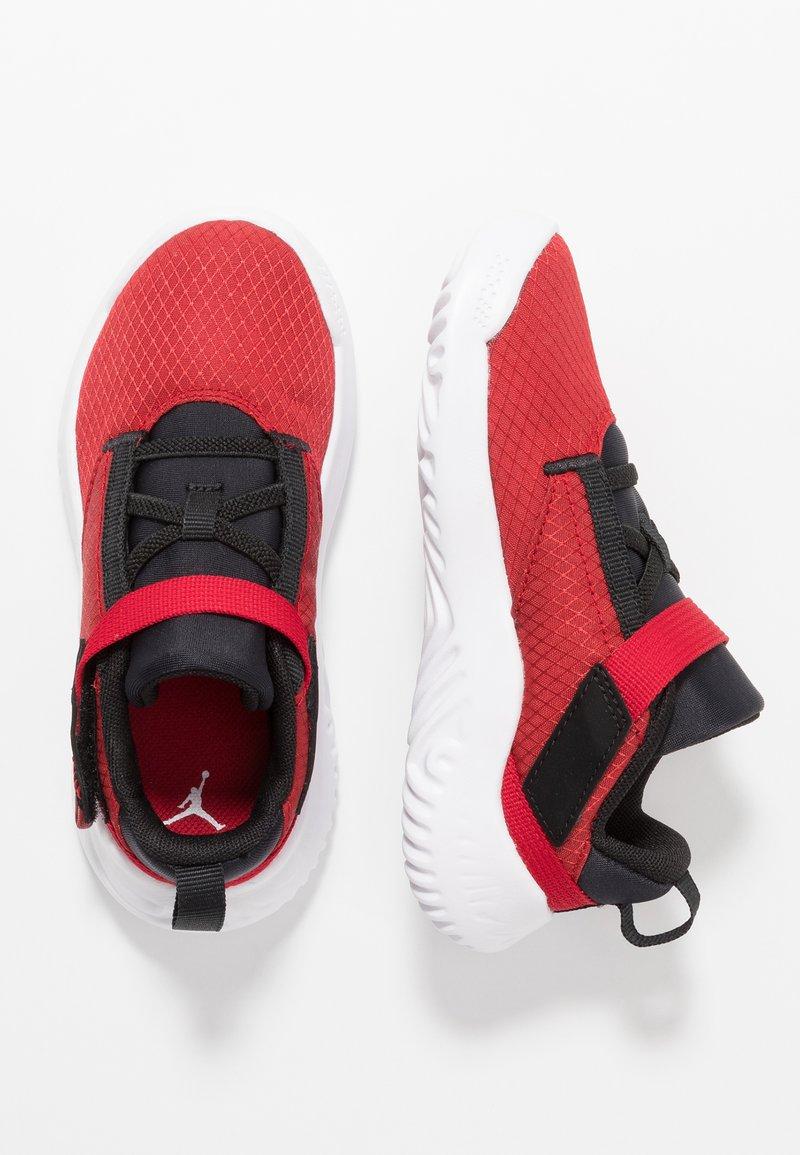 Jordan - PROTO 23 - Basketballschuh - gym red/white/black