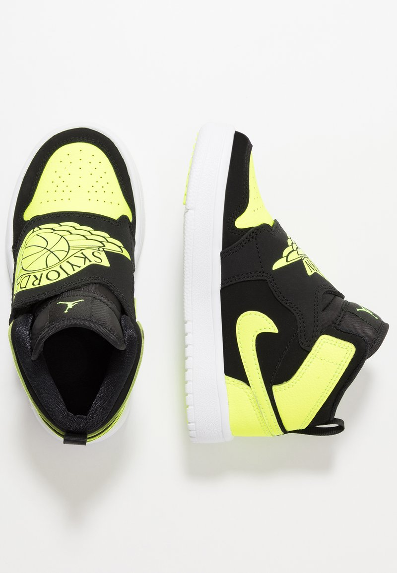 Jordan - SKY 1 - Basketbalové boty - black/volt/white