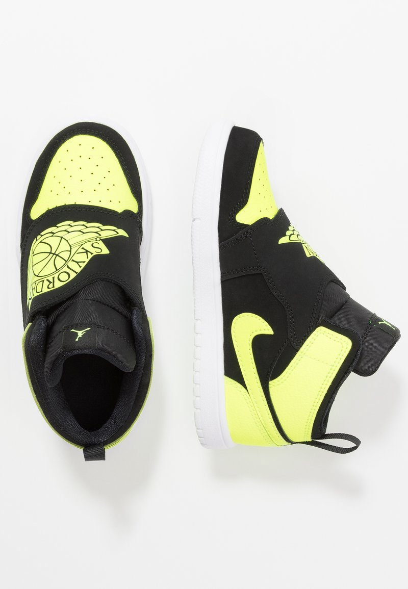 Jordan - SKY 1 - Basketballschuh - black/volt/white