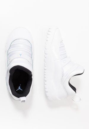 AIR 11 RETRO LITTLE FLEX - Obuwie do koszykówki - white/legend blue/black
