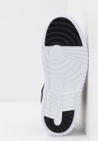 Jordan - ACCESS - Basketbalové boty - black/gym red/white - 5