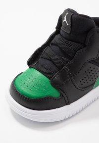 Jordan - ACCESS - Basketbalové boty - black/aloe verde/white - 2