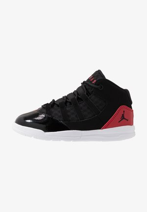 MAX AURA BT - Indoorskor - black/gym red/white
