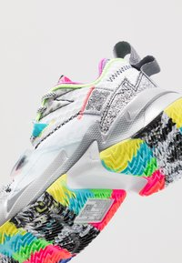 Jordan - WHY NOT ZER0.3 - Basketbalové boty - white/cool grey/wolf grey - 2