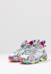Jordan - WHY NOT ZER0.3 - Basketbalové boty - white/cool grey/wolf grey - 3