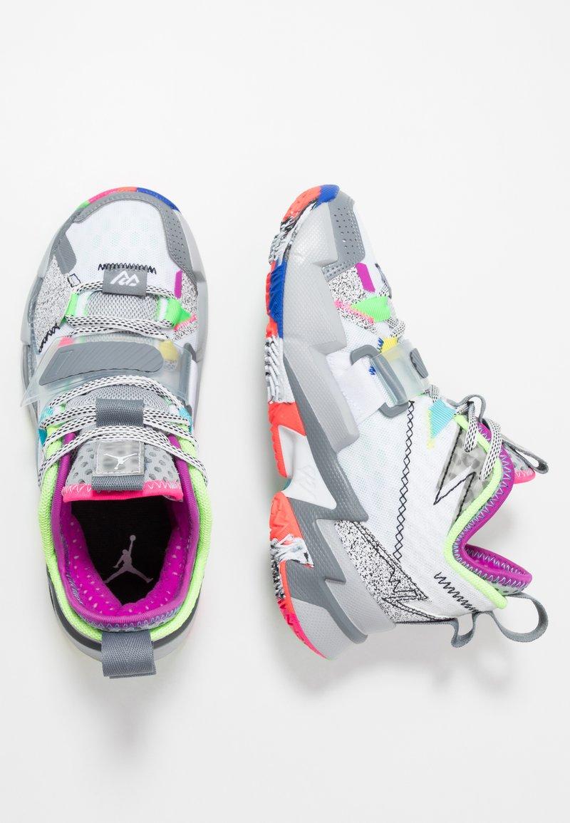 Jordan - WHY NOT ZER0.3 - Basketbalové boty - white/cool grey/wolf grey