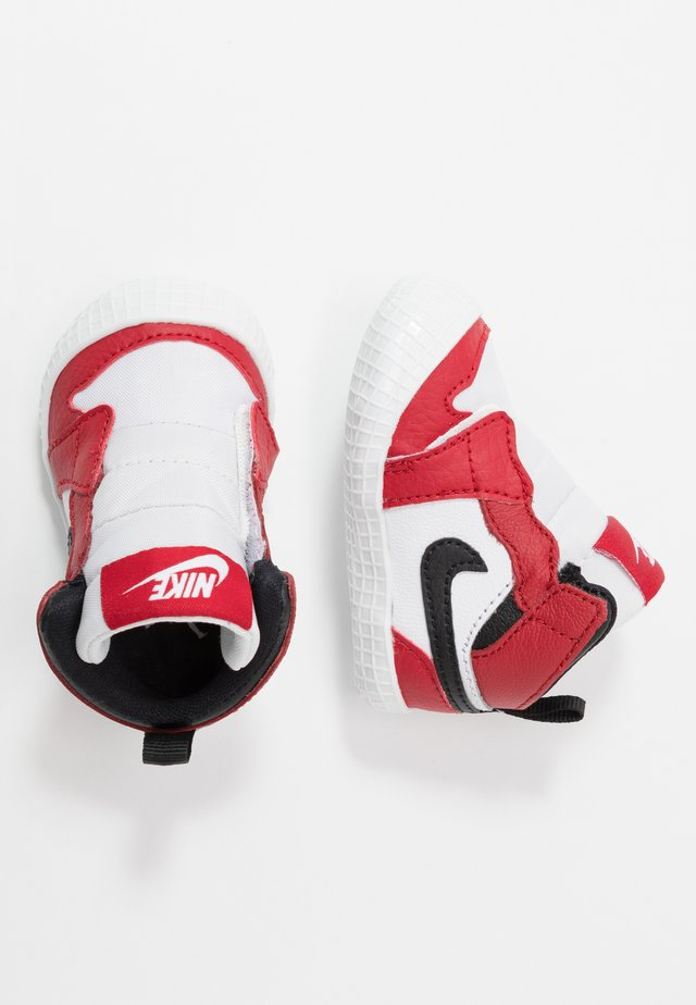 JORDAN 1 - Chaussures de basket - white/black/varsity red