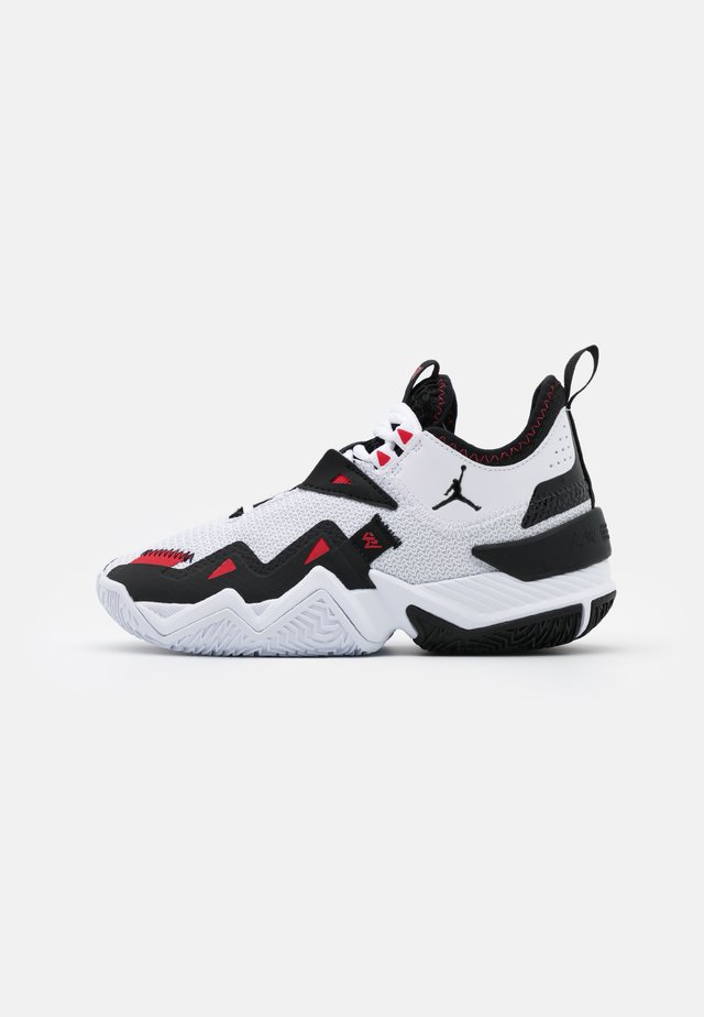 WESTBROOK ONE TAKE UNISEX - Basketballschuh - white/black/universe red