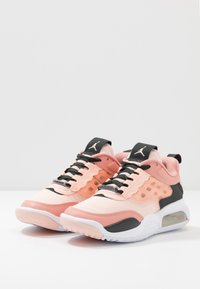 Jordan - MAX 200 - Obuwie do koszykówki - washed coral/dark smoke grey/pink quartz - 3