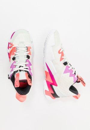 WHY NOT ZER0.3 SE - Basketbalové boty - sail/black/spruce aura/flash crimson/hyper violet