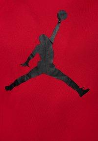 Jordan - JUMPMAN LOGO - Print T-shirt - gym red - 2