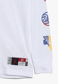 Jordan - RIVALS PATCH - Långärmad tröja - white - 1