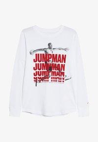 Jordan - JUMPMAN STACK TEE - Långärmad tröja - white - 2