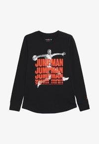 Jordan - JUMPMAN STACK TEE - T-shirt à manches longues - black - 2