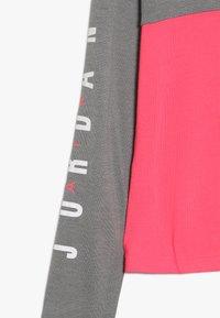Jordan - BOX TEE - Long sleeved top - carbon heather - 2