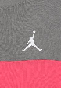 Jordan - BOX TEE - Long sleeved top - carbon heather - 4