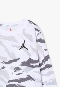 Jordan - WINGS TEE - Long sleeved top - white - 3