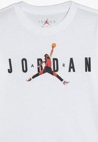Jordan - BRAND CREW 3 TEE - T-shirts med print - white - 3