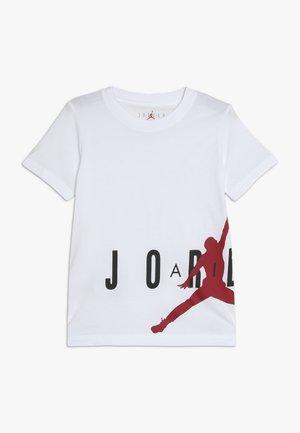 SIDELINE - T-shirts med print - white