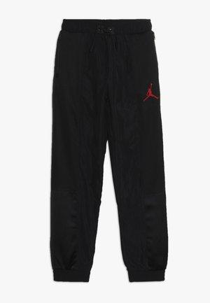 AIR SUIT PANT - Tracksuit bottoms - black