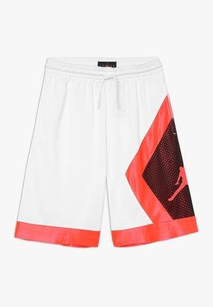 BLOCKED DIAMOND SHORT - Sports shorts - white/infared
