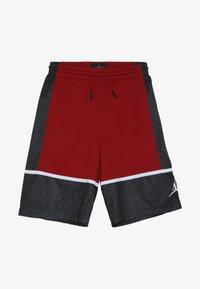 Jordan - GRAPHIC PANEL SHORT - Urheilushortsit - gym red/black - 3