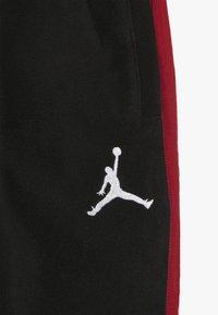 Jordan - AIR PANT - Træningsbukser - black - 3