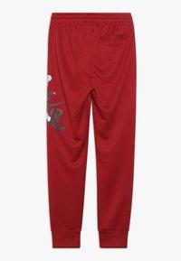 Jordan - JUMPMAN CLASSIC III SUIT PANT - Trainingsbroek - gym red - 1